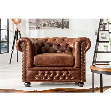 fauteuil chesterfield 25 best ideas about fauteuil chesterfield on chesterfield canap 233 s chesterfield and