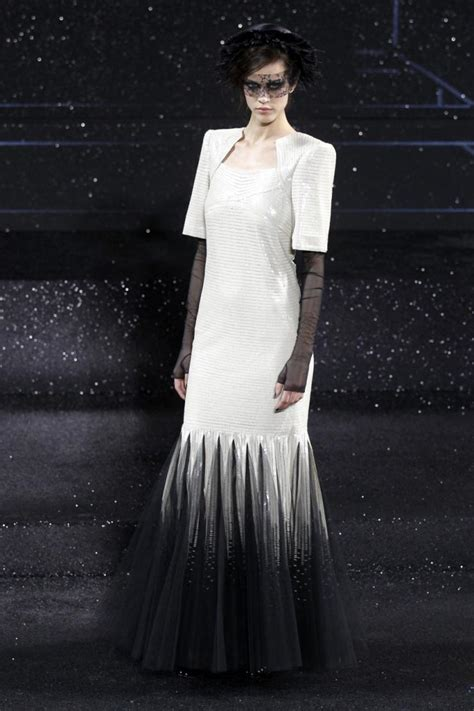 spring 2011 couture fashion shows style chanel haute couture fall winter 2011 2012 fashion show