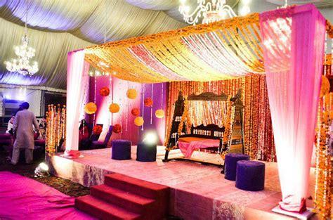 Stage Decoration For Mehndi by Simple Mehndi Design Shadi Arrangements