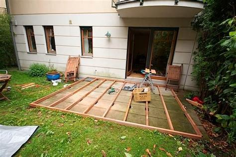Patio Construction Ideas by Low Deck Designs How To Building A Deck On The Ground