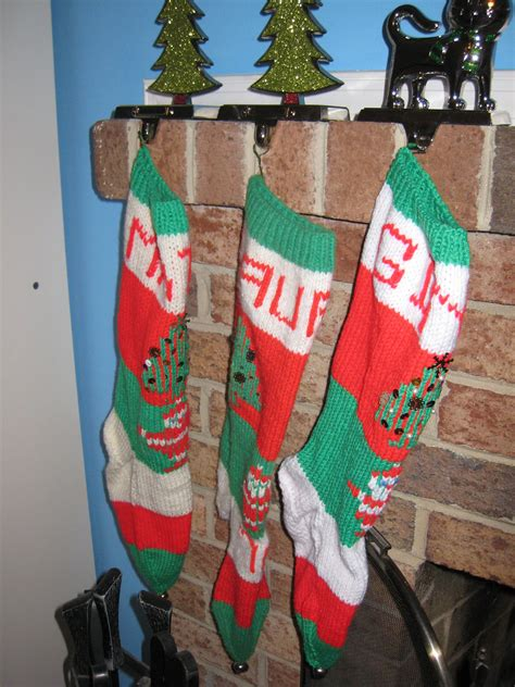 pattern knit christmas stocking knitted christmas stocking patterns 171 free patterns