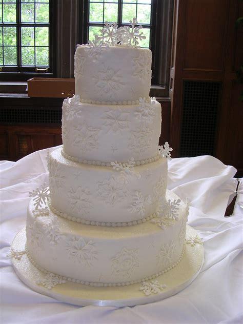 winter wedding cakes winter wedding cake w buttercream