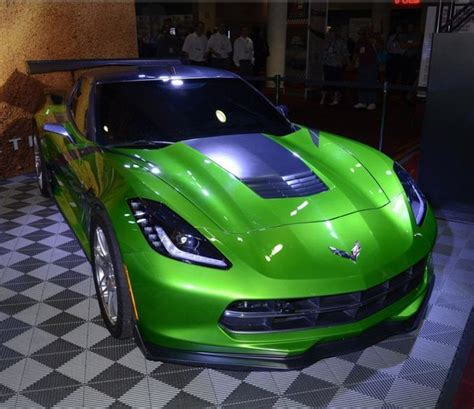 corvette stingray green green chevrolet corvette stingray car