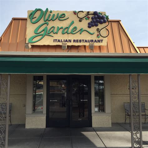 diner contracts syphilis at olive garden legend