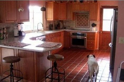 7 Tips On Keeping Your Floors Shiny by 7 Tips For Keeping Tile Floor Clean And Shiny