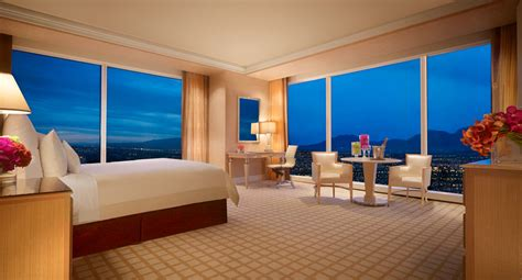 d in top corner of room luxury deluxe panoramic corner room las vegas
