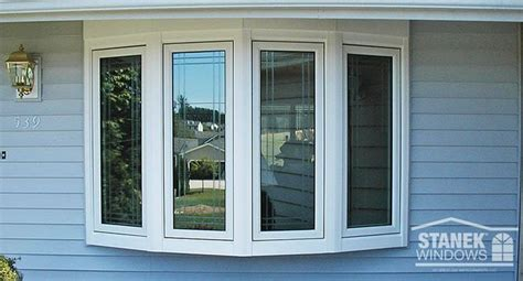 casement bow window 25 best ideas about bow windows on bay window exterior shingle siding and shingles