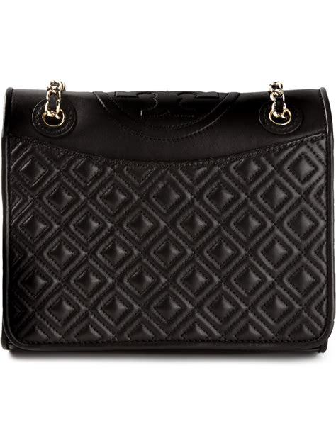 Tas Wanita Burch Quilted Shoulder Bag lyst burch quilted shoulder bag in black