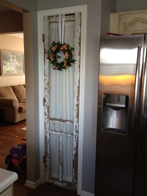 kitchen closet doors 112 best images about the screen door on the cottages and screen doors