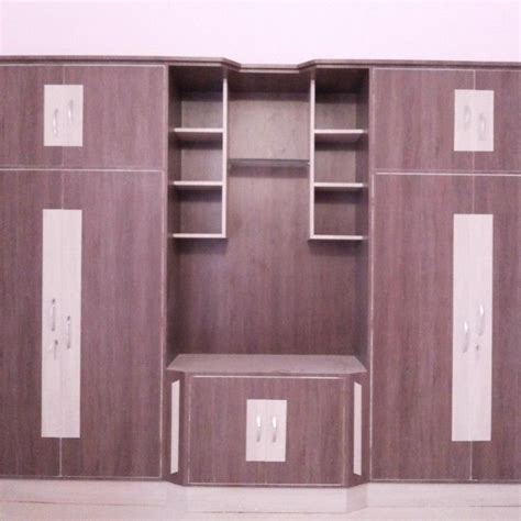 Simple Wardrobe Designs For Small Bedroom by 17 Best Ideas About Wardrobe Designs For Bedroom On