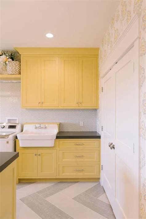 yellow laundry best 25 yellow laundry rooms ideas on diy