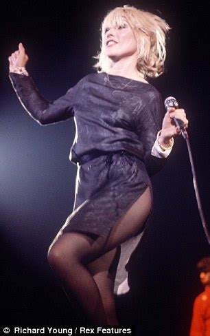 debbie harry singer debbie harry to call time on blondie after world tour next
