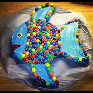 mac s fish birthday cake two round cake pans shape second one like fins icing decorate with