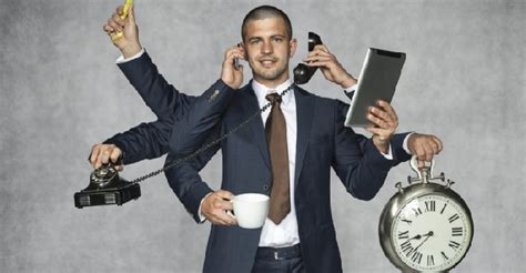 Do Managers Hire And 12 Signs You Need To Hire A Manager Bplans
