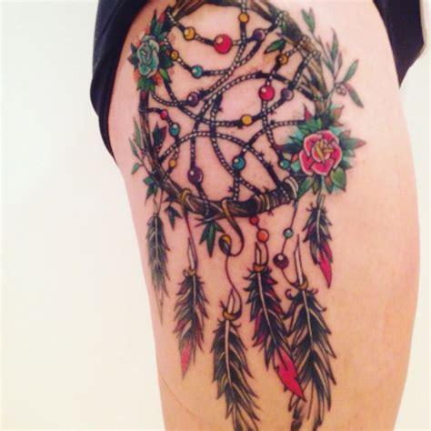 dream catcher tattoo on upper leg 25 best dream catcher tattoos for women upper leg images