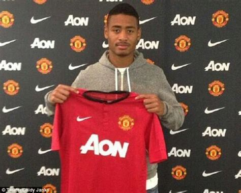 any new signings for man united this january 2016 new signings for man united newhairstylesformen2014 com