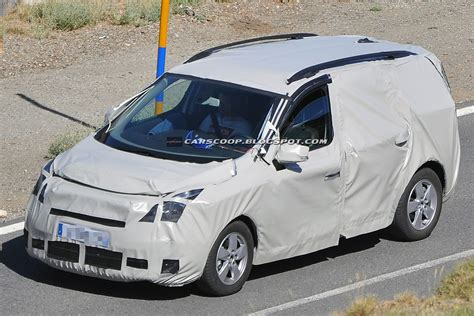 renault mpv scoop 2012 renault scenic compact mpv getting ready for