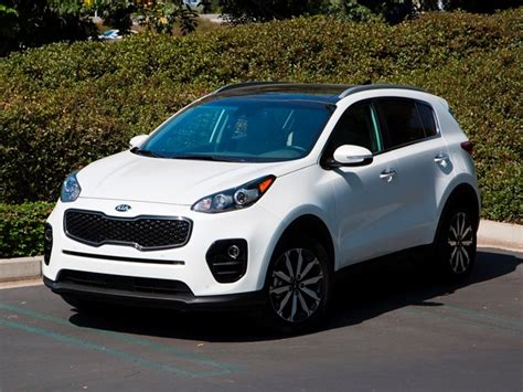 best cars for short women kelley blue book best buys of 2017 small suv