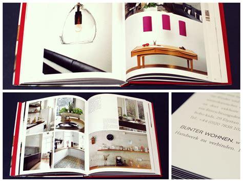 tapeten und uhren modern wohnen einrichten und dekorieren mit stil