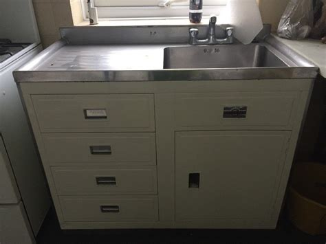 standard kitchen sink cabinet size amazing standard kitchen sink cabinet size 3 design