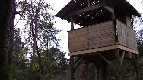 pallet house i beam design pallet tree house made from free pallets plan of i beam design rare charvoo