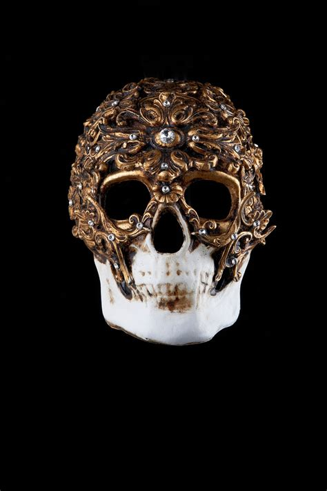 Murano Glass Chandeliers Diamond Skull Venetian Mask Baroque Style For Sale