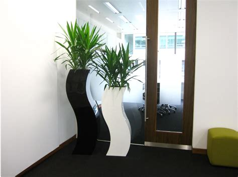 make your home beautiful with accessories decor make your garden more beautiful with planters