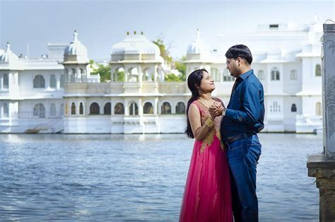 Best Candid Photographers in Udaipur   Top Wedding