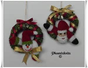 santa and snowman mini christmas wreath