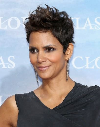 pictures of halle berrys short haircuts from the side and the back view halle berry very short haircuts popular haircuts