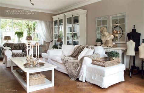 schiebetür 120 cm breit die besten 25 vitrine wei 223 ideen auf vitrinen