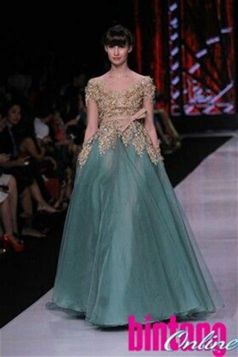 desain dress panjang ivan gunawan beautiful liar by ivan gunawan kebaya by ivan gunawan