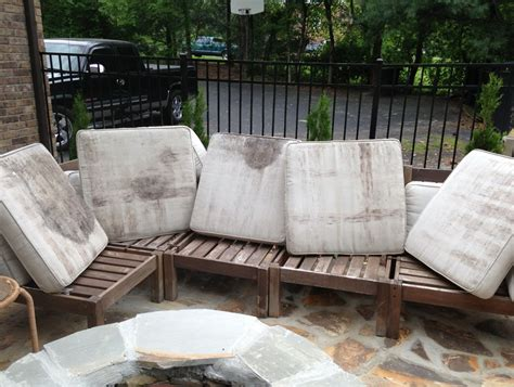How To Clean Outdoor Pillows by How To Clean Outdoor Cushions Home Design Ideas