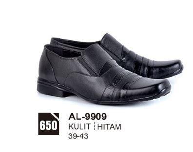 Sepatu Formal Pria 079 213 sepatu pantofel pria murah terbaru 2017 bersama model dan