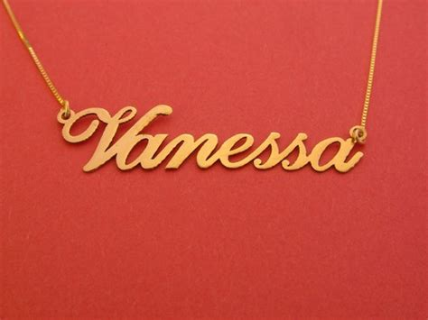 cadenas con el nombre vanessa gold name necklace 14k vanessa name necklace personalizes name