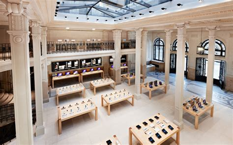 home design store paris l apple store op 233 ra 224 paris cible d un vol 224 main arm 233 e m 224 j