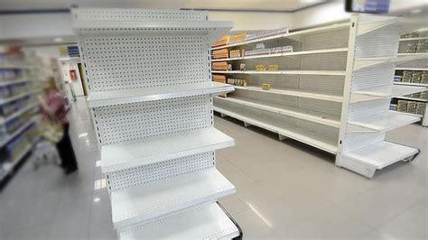 imagenes de venezuela escases el desabastecimiento en venezuela tambi 233 n acosa a los j 243 venes