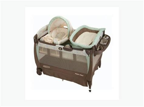 Graco Playpen With Changing Table Graco High End Playpen Bassinet Change Table Vibration Central Ottawa Inside Greenbelt