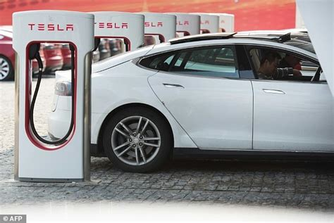 Tesla Supercharger Speed Elon Musk Reveals Tesla Model 3 Owners Will To Pay