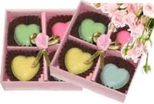 Choco Praline Bentuk Huruf Angka Kemasan Kotak Sekat Lezat Custom cokelat praline 171 ichaca shop