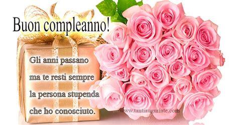 auguri con fiori immagini auguri compleanno con fiori