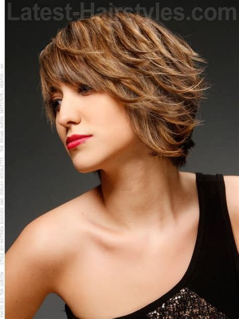 chin length curly layered haircut best 25 chin length hairstyles ideas on pinterest