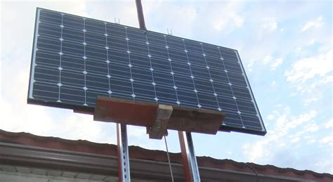 diy rooftop solar diy solar panel lift roof hoist