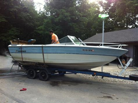 rinker boats indiana 1984 rinker boats powerboat for sale in indiana