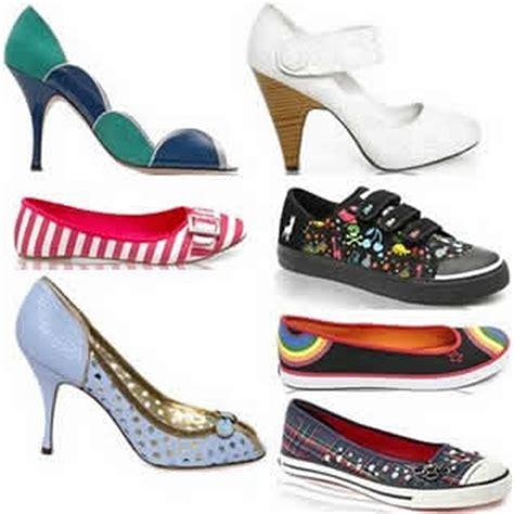 Gambar Dan Sepatu Adidas Wanita contoh model gambar sepatu pria dan wanita 2013
