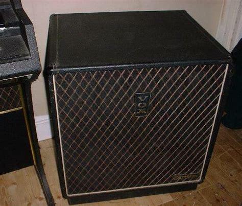 Vox Lug Cabinet 302 found