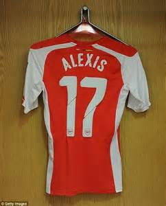 alexis sanchez merchandise arsenal 5 1 benfica match report yaya sanogo scores four