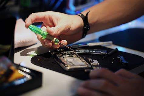mobile repair why cell phone repairing is the best option cell phone