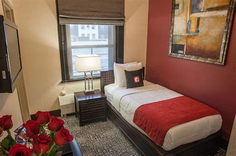 Guest Bedroom With One Bed Residential Bed Hotel Fusion