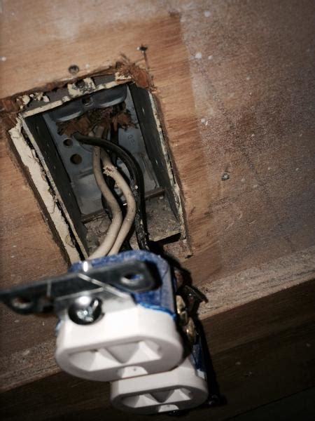 Kitchen Outlets Not Working by Two Wall Outlets Not Working In Kitchen Doityourself